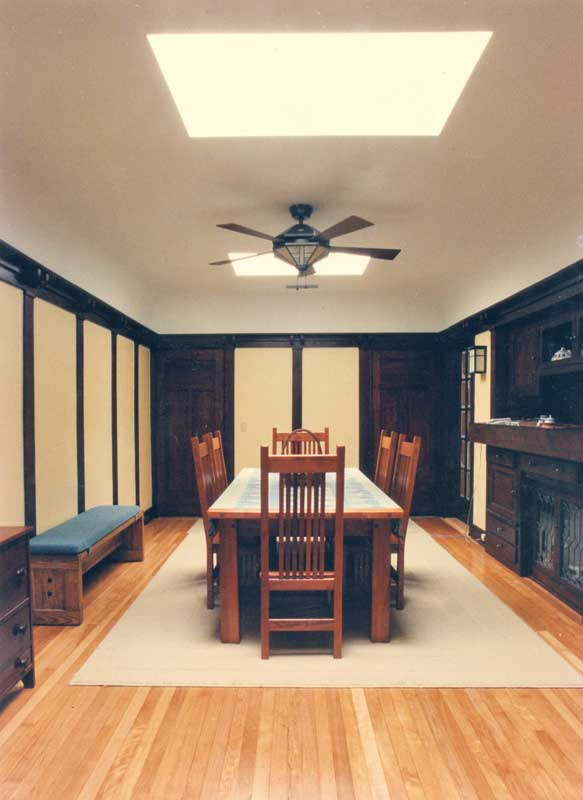 Craftsman interior elegant craftsman style home interior for Karen linder interior designs